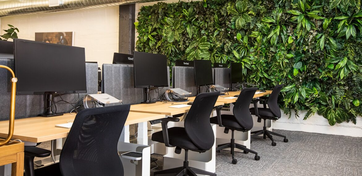 How Office Furniture Gives Your Business A Positive Outlook?